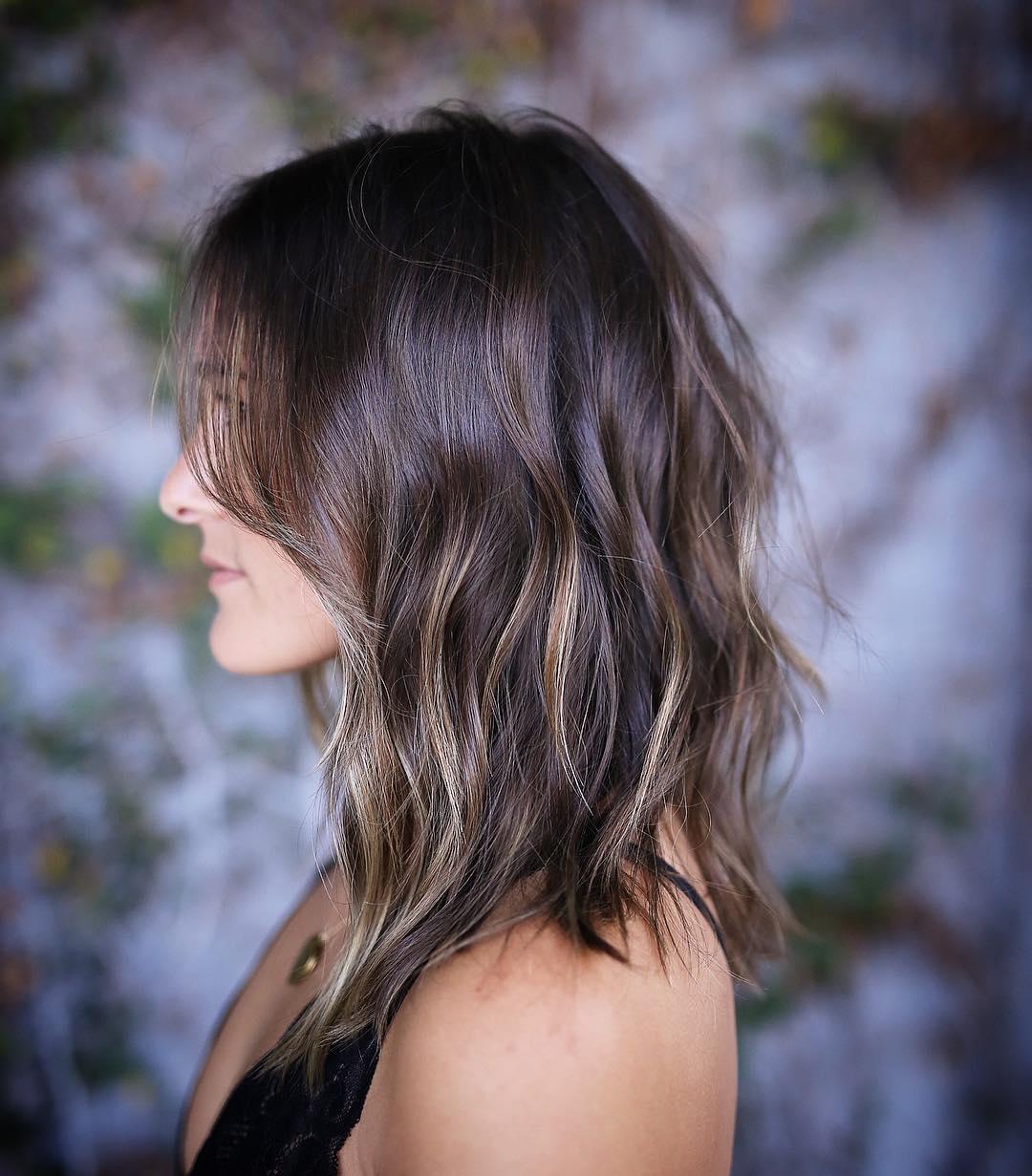 35 Wavy Medium-Length Layered Hairstyles 2017   Hairstyle Guru